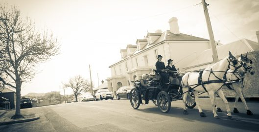 horses, battery point, carriage ride, st georges church